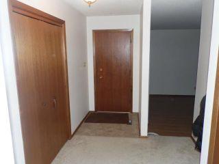 Photo 6: 42 KOWALL Bay in WINNIPEG: Maples / Tyndall Park Residential for sale (North West Winnipeg)  : MLS®# 1302658
