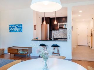 """Photo 10: 404 233 ABBOTT Street in Vancouver: Downtown VW Condo for sale in """"Abbott Place"""" (Vancouver West)  : MLS®# R2617802"""