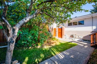 Photo 36: 1 Manor Road SW in Calgary: Meadowlark Park Detached for sale : MLS®# A1150982