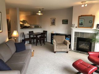 """Photo 3: 203 5855 COWRIE Street in Sechelt: Sechelt District Condo for sale in """"THE OSPREY"""" (Sunshine Coast)  : MLS®# R2367414"""