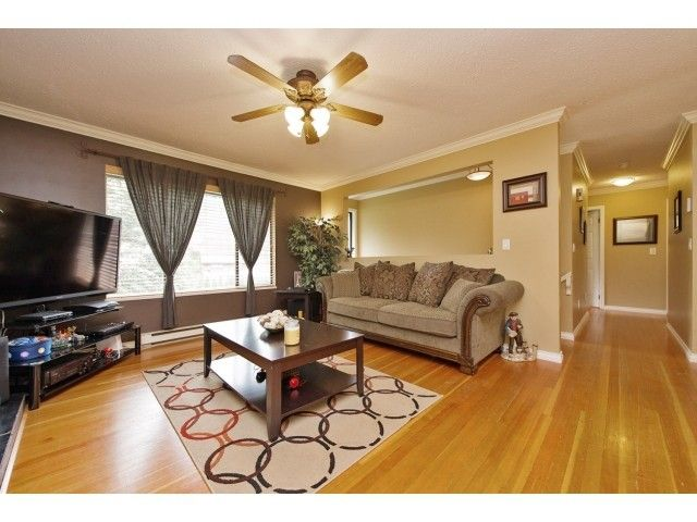 Photo 5: Photos: 35371 WELLS GRAY Avenue in Abbotsford: Abbotsford East House for sale : MLS®# F1439280