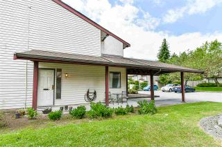 """Photo 2: 23 13990 74 Avenue in Surrey: East Newton Townhouse for sale in """"Wedgewood Estates"""" : MLS®# R2180727"""
