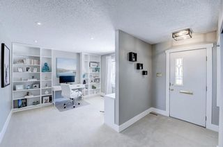 Photo 3: 716 Thorneycroft Drive NW in Calgary: Thorncliffe Detached for sale : MLS®# A1089145