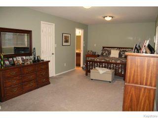 Photo 10: 1132 Fairfield Avenue in Winnipeg: Fort Garry / Whyte Ridge / St Norbert Residential for sale (South Winnipeg)  : MLS®# 1605726