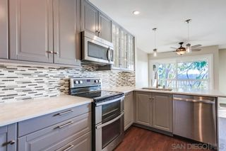 Photo 2: MISSION VALLEY Townhouse for sale : 3 bedrooms : 6211 Caminito Andreta in San Diego