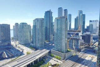 Photo 3: 2401 25 The Esplanade in Toronto: Waterfront Communities C8 Condo for sale (Toronto C08)  : MLS®# C4291119