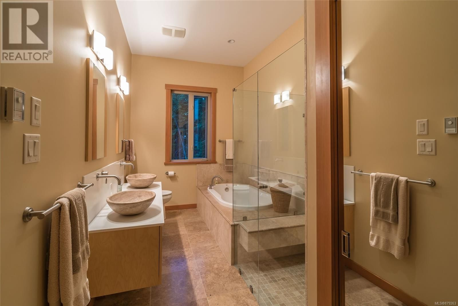 Photo 30: Photos: 825 Duthie Ave in Gabriola Island: House for sale : MLS®# 879263
