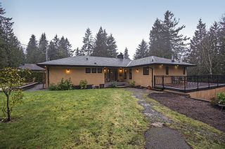 Photo 1: 1373 CHINE CRESCENT in Coquitlam: Harbour Chines House for sale : MLS®# R2034984