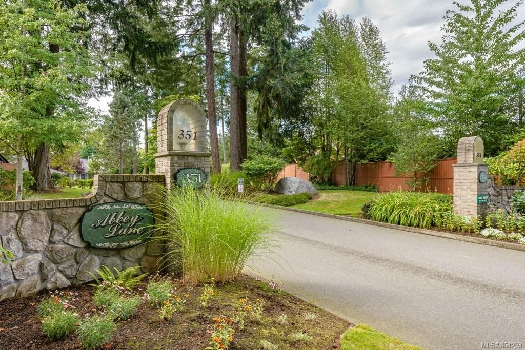 Main Photo: 12 351 Church St in : CV Comox (Town of) Row/Townhouse for sale (Comox Valley)  : MLS®# 854293