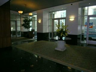 """Photo 8: 2903 438 SEYMOUR Street in Vancouver: Downtown VW Condo for sale in """"CONFERENCE PLAZA"""" (Vancouver West)  : MLS®# V629088"""