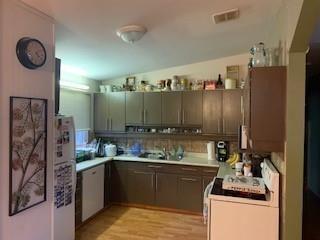 Photo 9: 284 MAIN Street in Landmark: R05 Residential for sale : MLS®# 202008953