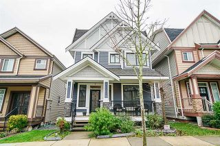 Photo 1: 5873 131A Street in Surrey: Panorama Ridge House for sale : MLS®# R2373398