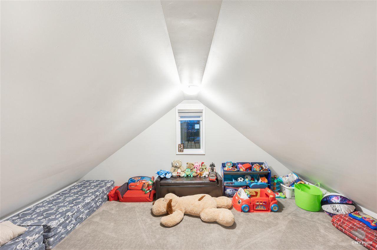 Photo 29: Photos: 16049 90 Avenue in Surrey: Fleetwood Tynehead House for sale : MLS®# R2523758