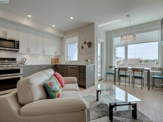 Photo 3: 306 2475 Mt. Baker Ave in SIDNEY: Si Sidney North-East Condo for sale (Sidney)  : MLS®# 816668
