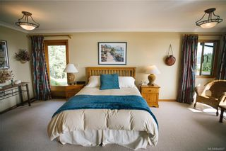 Photo 28: 5802 Pirates Rd in Pender Island: GI Pender Island House for sale (Gulf Islands)  : MLS®# 844907