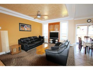Photo 8: 8075 135A Street in Surrey: Queen Mary Park Surrey House for sale : MLS®# F1444482