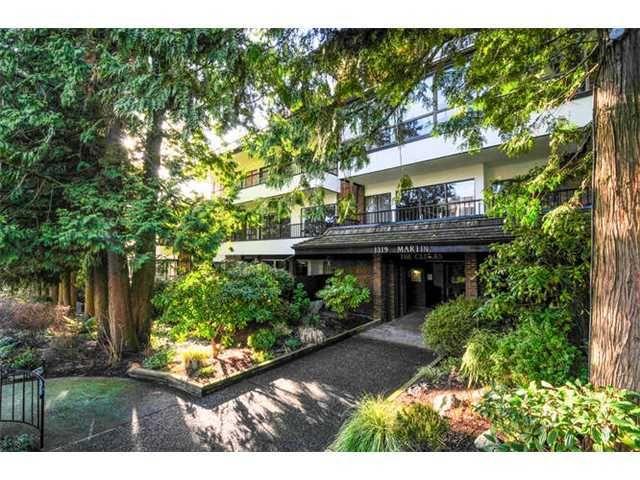 Main Photo: 203 1319 MARTIN Street: White Rock Home for sale ()  : MLS®# F1430144