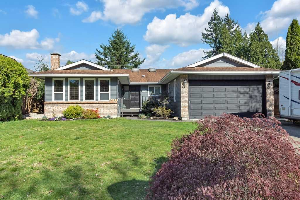 "Main Photo: 9414 149A Street in Surrey: Fleetwood Tynehead House for sale in ""GUILDFORD CHASE"" : MLS®# R2571209"