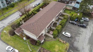 Photo 1: 6 2023 MANNING Avenue in Port Coquitlam: Glenwood PQ Townhouse for sale : MLS®# R2533623