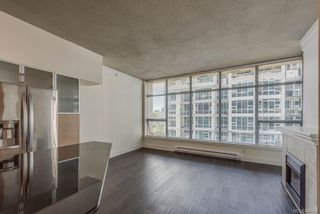 Photo 6: 402 845 Yates St in Victoria: Vi Downtown Condo for sale : MLS®# 844824