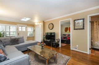 Photo 6: 255 E 20TH Street in North Vancouver: Central Lonsdale House for sale : MLS®# R2530092