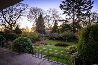 Photo 17: 3142 WOODBURN Ave in : OB Henderson House for sale (Oak Bay)  : MLS®# 860140