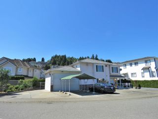 Photo 3: 139 SAN JUAN Place in Coquitlam: Cape Horn House for sale : MLS®# R2604553