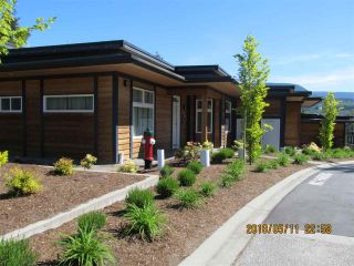Photo 2: 9 5778 MARINE Way in Sechelt: Sechelt District Townhouse for sale (Sunshine Coast)  : MLS®# R2268613