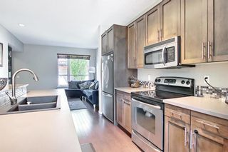 Photo 6: 39 Chapalina Square SE in Calgary: Chaparral Row/Townhouse for sale : MLS®# A1121993