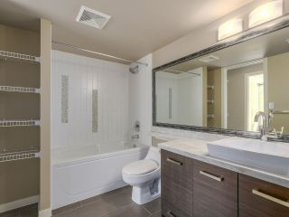 """Photo 12: 306 2959 GLEN Drive in Coquitlam: North Coquitlam Condo for sale in """"THE PARC"""" : MLS®# R2111065"""