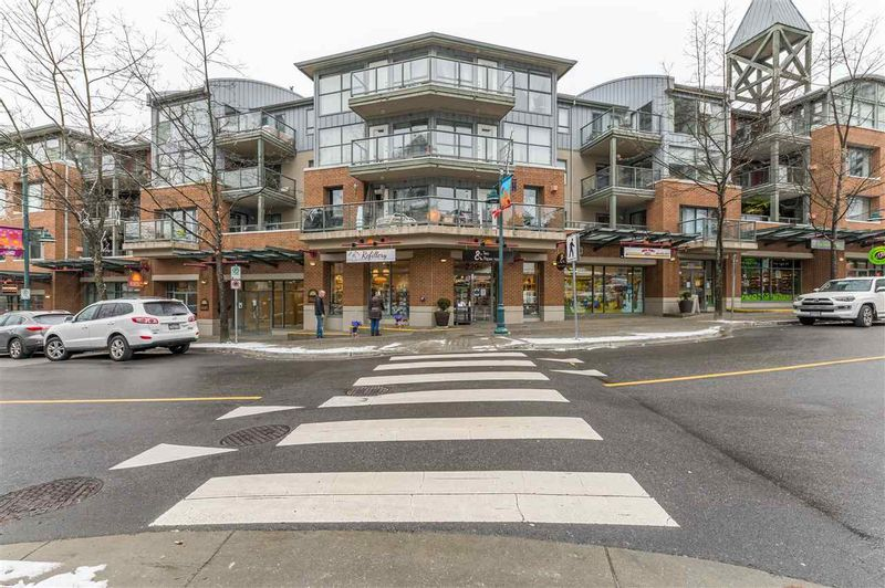 FEATURED LISTING: 321 - 225 NEWPORT Drive Port Moody