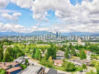 Photo 2: 4014 NITHSDALE Street in Burnaby: Burnaby Hospital House for sale (Burnaby South)  : MLS®# R2623669