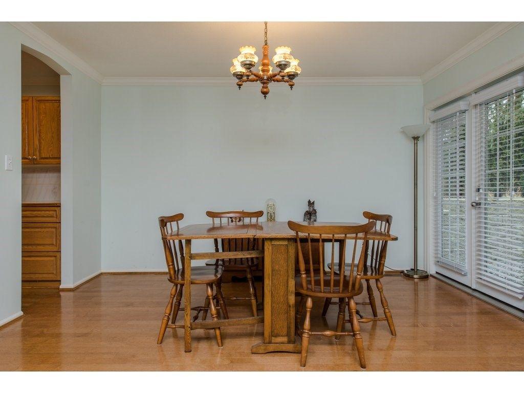 "Photo 9: Photos: 8 21848 50 Avenue in Langley: Murrayville Townhouse for sale in ""CEDAR CREST ESTATES"" : MLS®# R2132089"