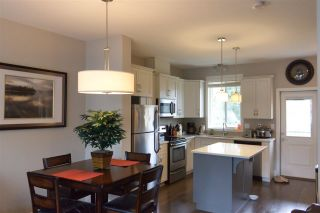 """Photo 8: 16 1640 MACKAY Crescent: Agassiz Townhouse for sale in """"The Langtry"""" : MLS®# R2547679"""