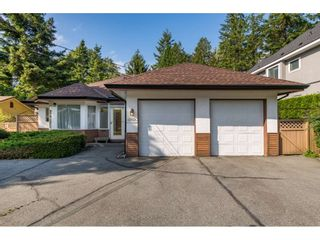"Photo 2: 12745 23 Avenue in Surrey: Crescent Bch Ocean Pk. House for sale in ""Crescent Beach Ocean Park"" (South Surrey White Rock)  : MLS®# R2397456"