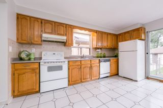 Photo 19: 262 Ryding Ave in Toronto: Junction Area Freehold for sale (Toronto W02)  : MLS®# W4544142