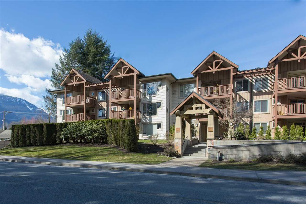 "Main Photo: 303 2323 MAMQUAM Road in Squamish: Garibaldi Highlands Condo for sale in ""Symphony"" : MLS®# R2319197"