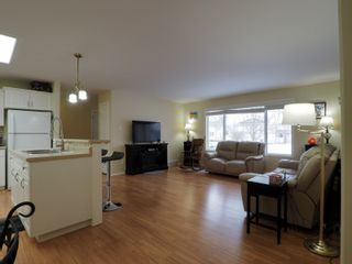 Photo 4: 10 Jack Cavers Place in Portage la Prairie: House for sale : MLS®# 202102033