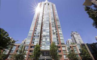"Photo 2: 2202 939 HOMER Street in Vancouver: Yaletown Condo for sale in ""PINNACLE"" (Vancouver West)  : MLS®# R2183796"