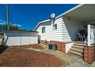"""Photo 34: 1 27111 0 Avenue in Langley: Aldergrove Langley Manufactured Home for sale in """"Pioneer Park"""" : MLS®# R2605762"""