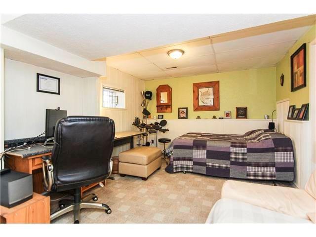 Photo 23: Photos: 6139 MADDOCK Drive NE in Calgary: Marlborough Park House for sale : MLS®# C4046134