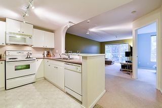 "Photo 5: 307 6833 VILLAGE GREEN in Burnaby: Highgate Condo for sale in ""CARMEL"" (Burnaby South)  : MLS®# R2146245"