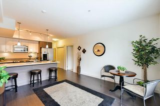 Photo 4: 204 2214 Kelly Avenue in Port Coquitlam: Central Pt Coquitlam Condo for sale : MLS®# R2121281