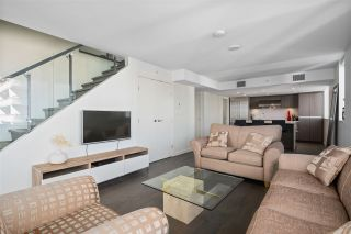 "Photo 6: 1801 1009 HARWOOD Street in Vancouver: West End VW Condo for sale in ""THE MODERN"" (Vancouver West)  : MLS®# R2488583"