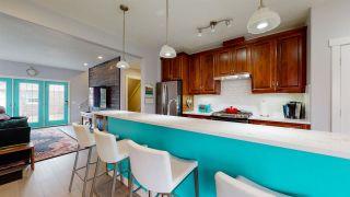 Photo 4: 1627 KERR Road in Edmonton: Zone 27 Townhouse for sale : MLS®# E4241656