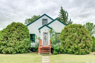 Photo 1: 311 1st Street South in Wakaw: Residential for sale : MLS®# SK860409