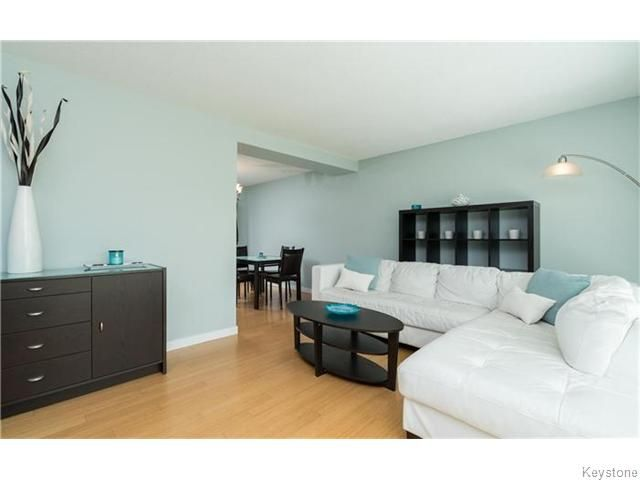 Photo 4: Photos: 120 Brookhaven Bay in Winnipeg: Southdale Residential for sale (2H)  : MLS®# 1622301