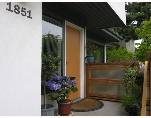 Main Photo: 1851 GREER Avenue in Vancouver: Kitsilano Townhouse for sale (Vancouver West)  : MLS®# V762129