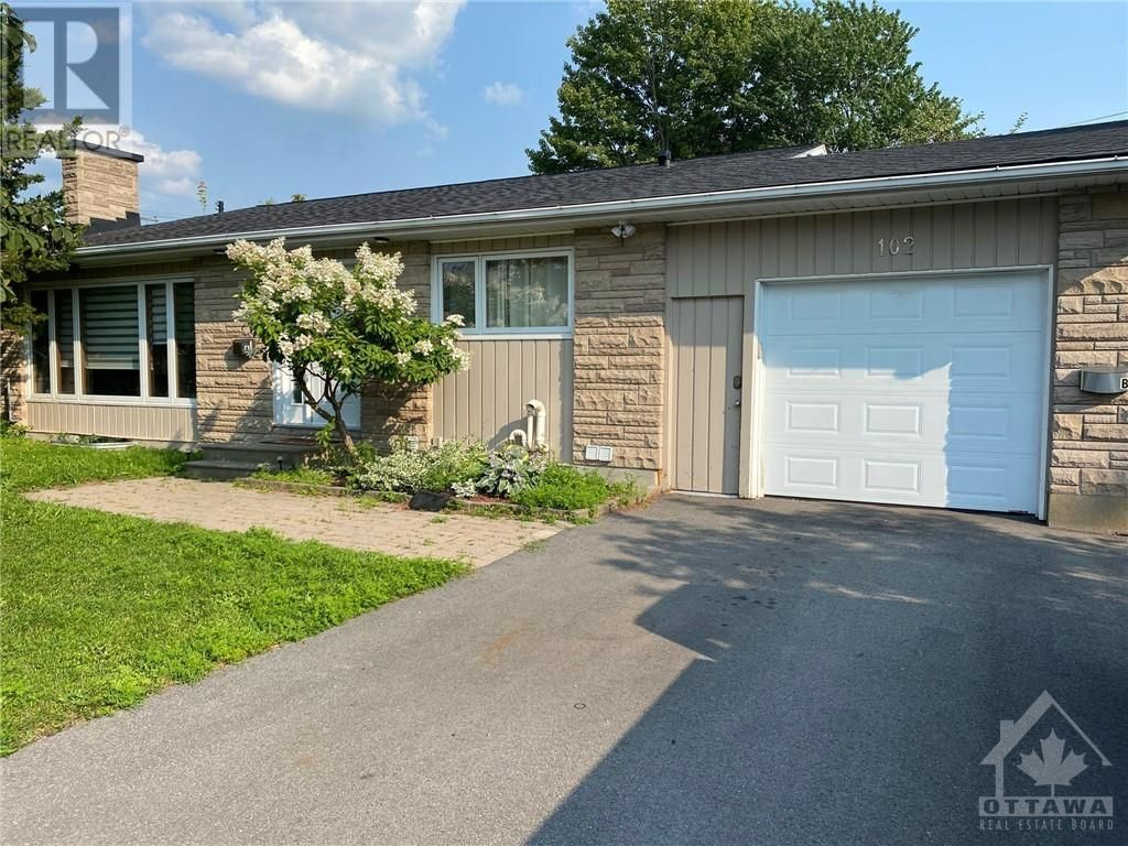 Main Photo: 102 STARWOOD ROAD UNIT#A in Ottawa: House for rent