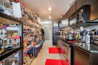 """Photo 6: 1803 13618 100 Avenue in Surrey: Whalley Condo for sale in """"INFINITY"""" (North Surrey)  : MLS®# R2507177"""